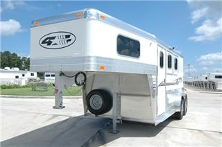 4 Star Trailers Horse Trailers Living Quarters And Livestock