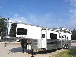 Bloomer Trailers - Bloomer Horse Trailers, Living Quarters