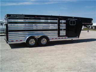 Elite Trailer Manufacturing L L C Custom Aluminum Horse Trailers